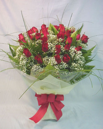 Hb 2012 - red roses bouquet