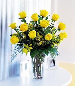 TA 2021 - Dozen Yellow Roses